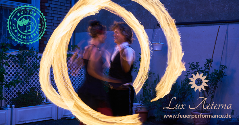 Kultur vor dem Fenster mit Lux Aeterna Feuerperformance in Fürth